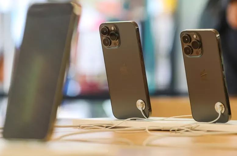 Apple iPhone 13 physical Order Scheduled in October
