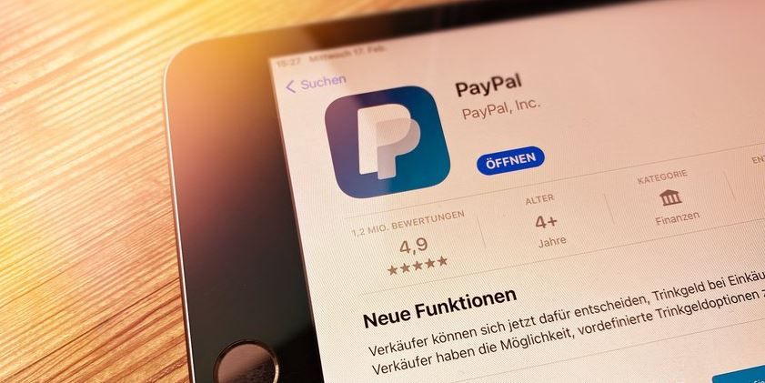 With PayPal New Function Now Pay by QR Code